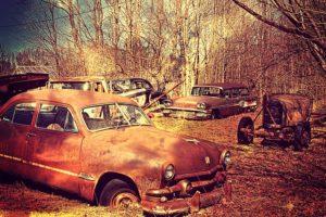 Gdzie tanio kupić używane części do samochodów?